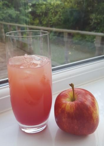 Apple & Afinata Cocktail